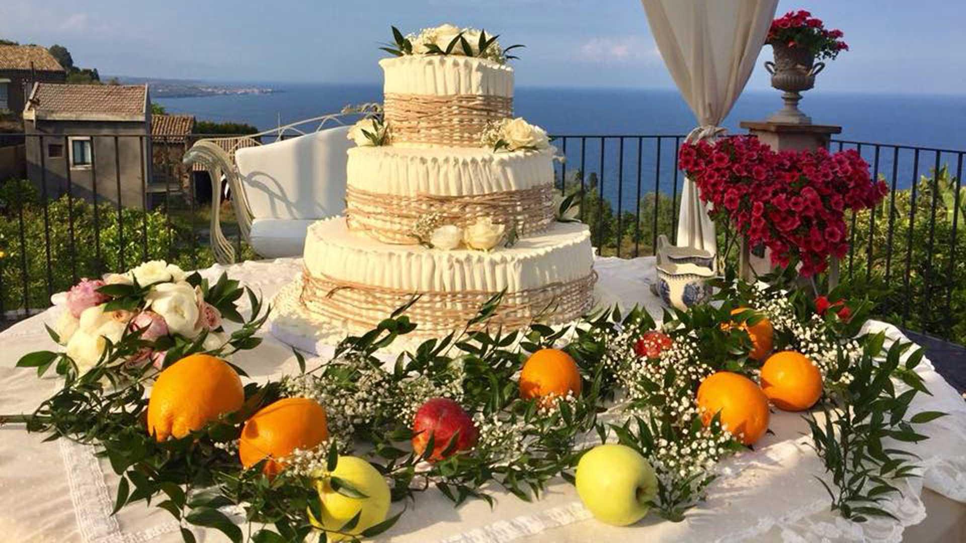 Torta Nuziale - Locale Matrimonio - La Casa del Grecale